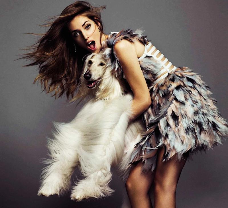 chiara-ferragni-with-an-afghan-hound